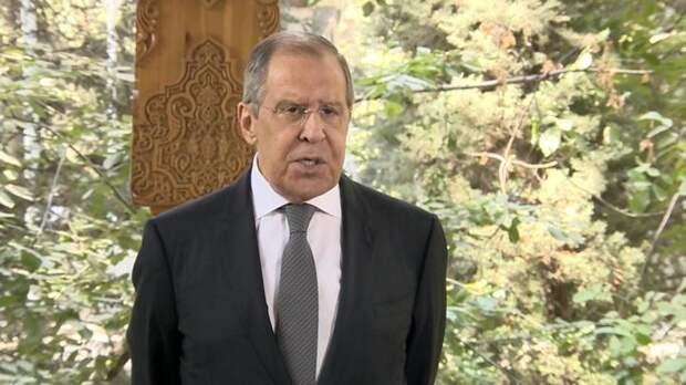 Сергей Лавров: украинские власти постоянно клянчат и истерят