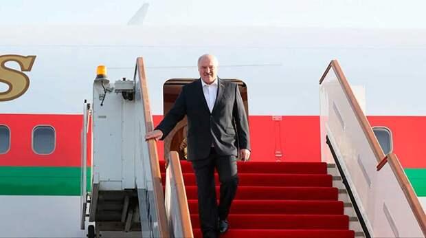 """""""Изумительная работа"""": роскошный дворец главы Таджикистана поразил Лукашенко"""