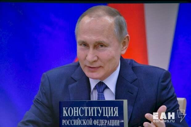 Захар Прилепин: «Путин устал от всего происходящего»