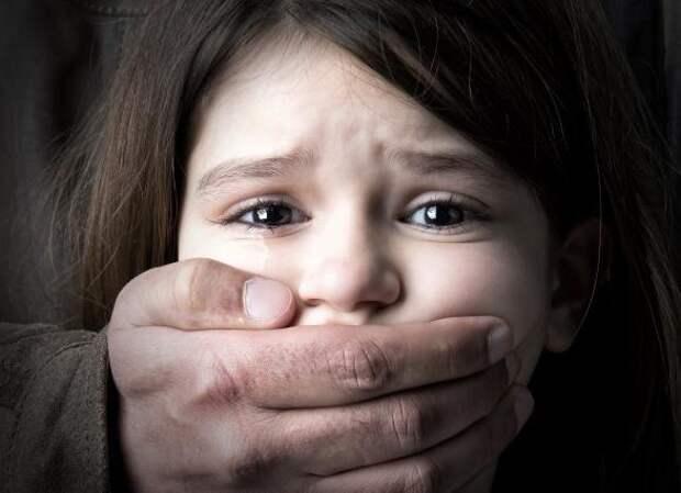 В Херсонской области мужчина изнасиловал малолетнюю девочку