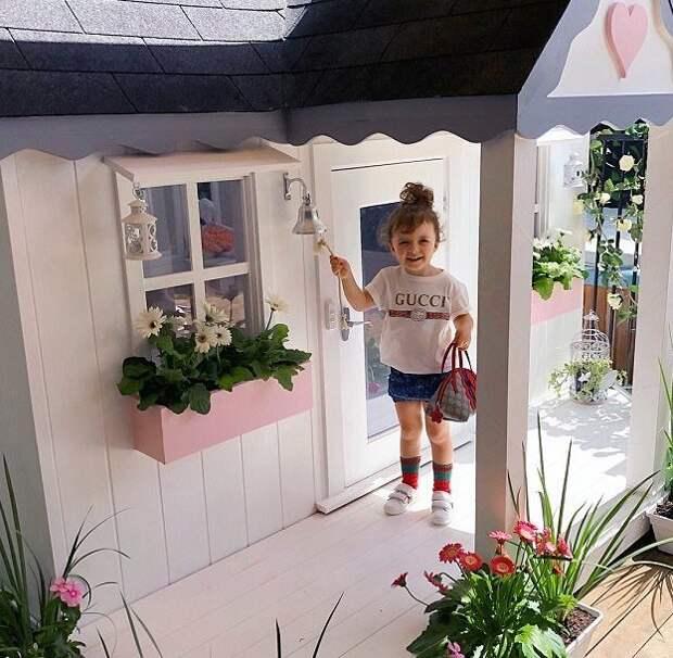 Мама девочки, Шая Фокс, рассказала журналистам, что строительство домика заняло три месяца Instagram, Квинсленд, Милли-Белль Даймонд, австралия, домик, роскошь, фото