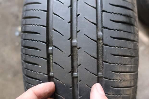полоски поперёк рабочей поверхности шины