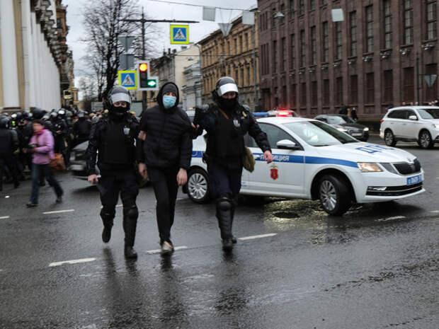 Россия превращается в государство дрессуры