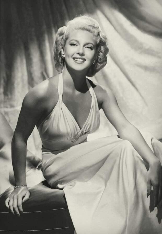 Роковая роскошная блондинка Лана Тернер.