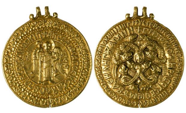 Змеевик «Черниговская гривна», XI век.