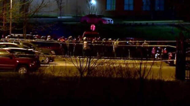 В Индианаполисе произошла стрельба в здании логистической компании