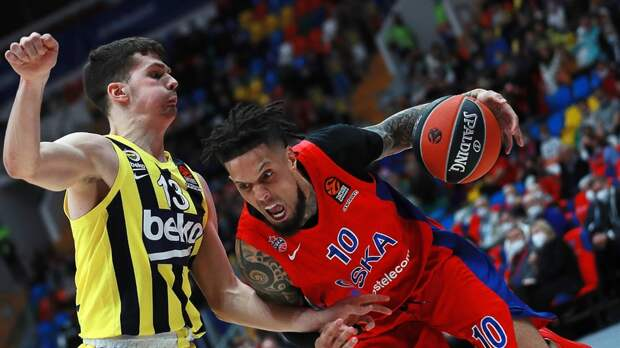 ЦСКА победил «Фенербахче» в первом матче 1/4 финала баскетбольной Евролиги