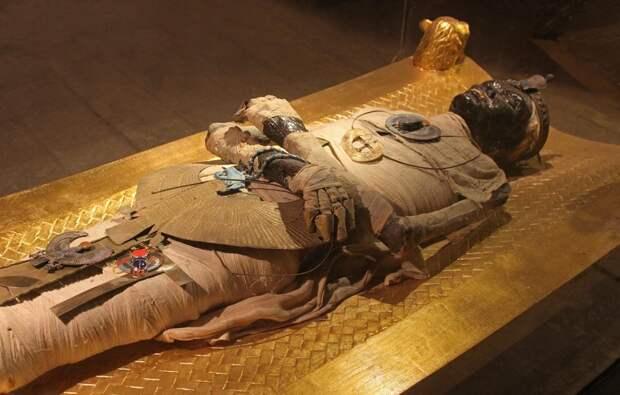 Одна из египетских мумий