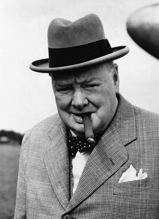 """Величайший британец и враг """"русского варварства"""" - Черчилль"""