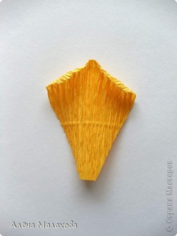 Мастер-класс Роза из гофрированной бумаги Бумага гофрированная Клей фото 20
