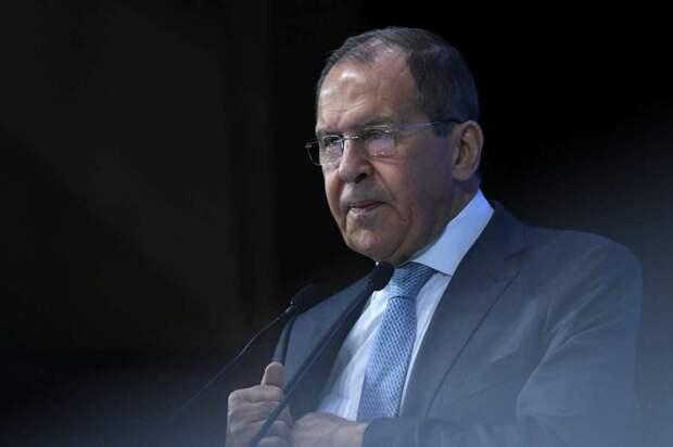 Лавров объяснил, почему Запад не любит Россию