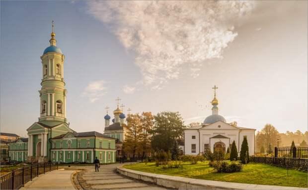 Паломническая группа из Северного Тушина посетила святые места Калужской области