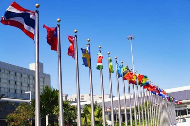 Ссора с союзниками. Попытка США продлить санкции ООН против Ирана