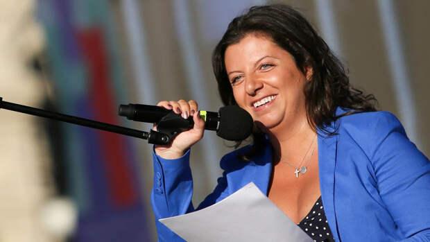 Симоньян одной фразой успокоила попытавшегося ее перебить Злобина в эфире Соловьева