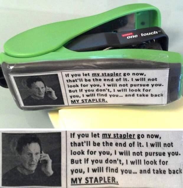 Хозяин этого степлера решил использовать знаменитый мем с Лиамом Нисоном в мире, вещи, кража, люди, прикол, юмор