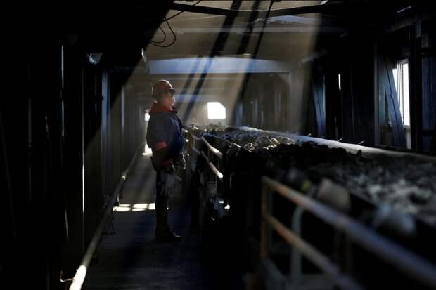Кокс и уголь в Китае рекордно подорожали из-за тревог о поставках