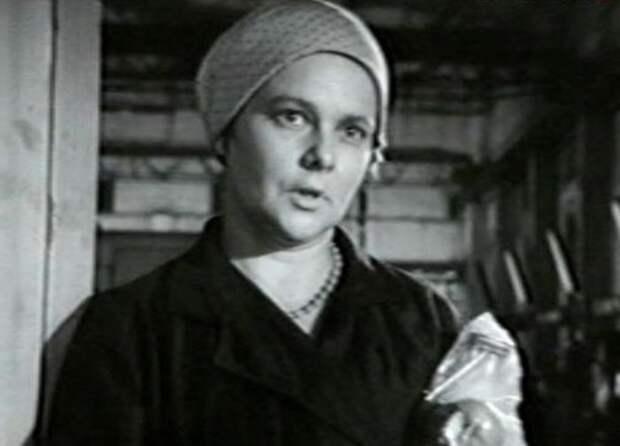 Нина Иванова в фильме *Еще можно успеть*, 1974 | Фото: kino-teatr.ru
