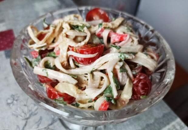 Никто даже не подумал, что салат из крабовых палочек. Как дорого подать дешевый продукт