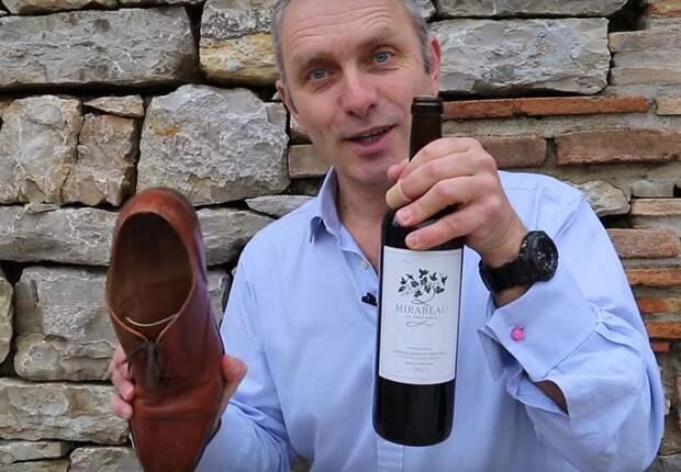 Простой способ открыть бутылку вина без штопора. Этот совет стоит запомнить