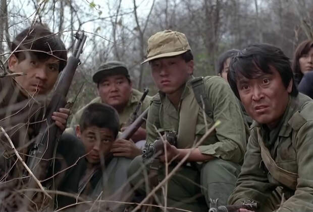 Напартизанил. Он спал с детьми и драконил врагов. Его звали Ким Ир Сен