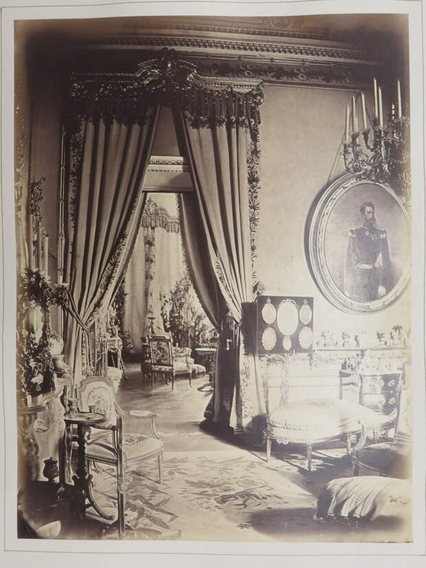Строгановский дворец. Salon de passage. Фрагмент интерьера