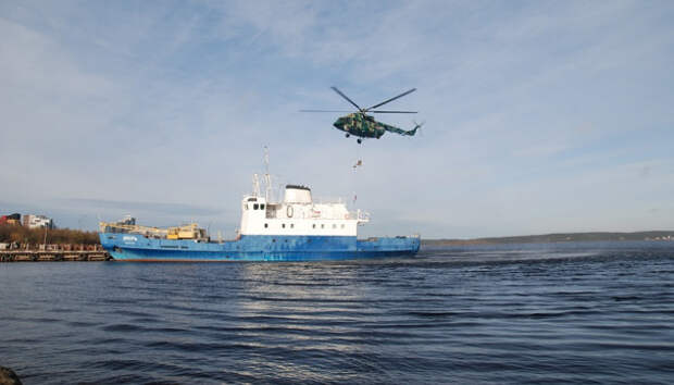 В Петрозаводске сотрудники ФСБ освобождали условно захваченное судно