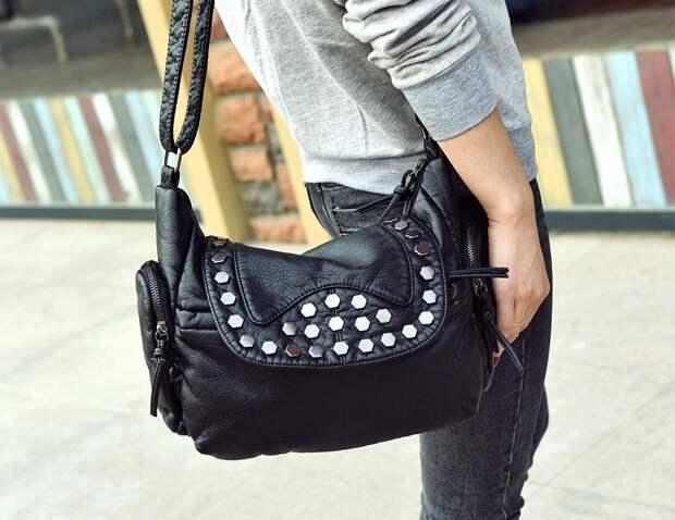 Что Вы ищете в моей сумочке?