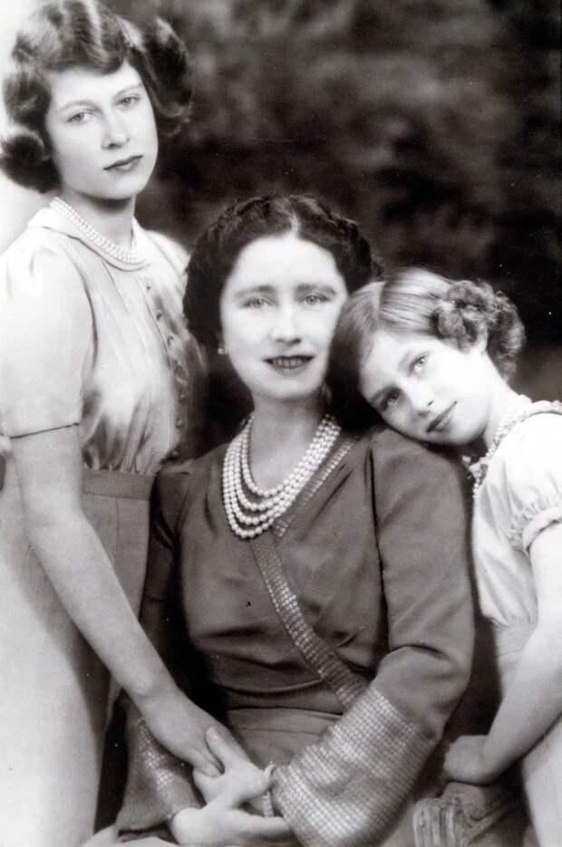 Вычеркнутые изистории: трагическая судьба двоюродных сестер королевы ЕлизаветыII