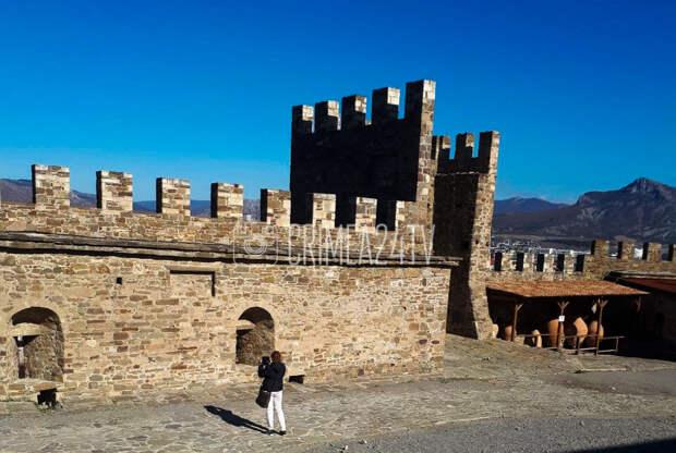 Судакская крепость признана самым красивым средневековым сооружением в стране