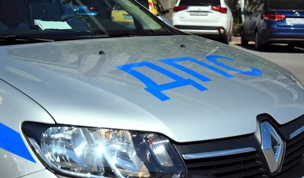 Приморские сотрудники ГИБДД спасли автоледи, попавшую в непростую ситуацию