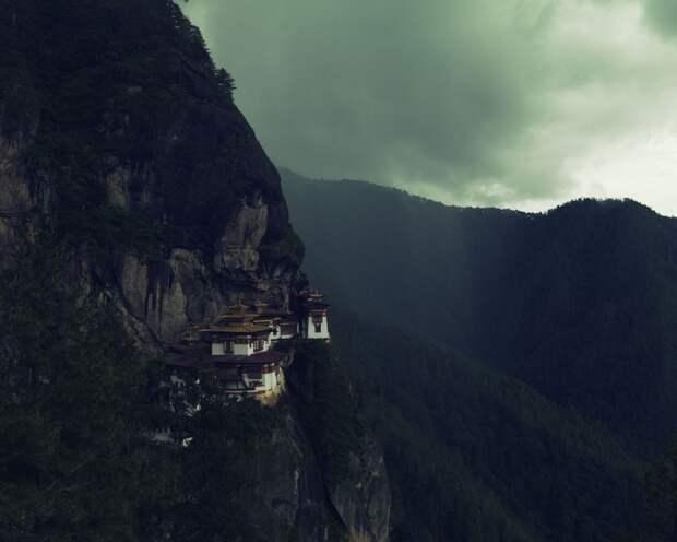Буддистский монастырь Такцанг-лакханг