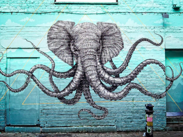Граффити со слоном-осьминогом в районе Брик Лейн, Лондон