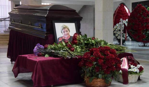 «Оставалась на посту до последнего»: в Уфе простились с вице-мэром, умершей от ковида