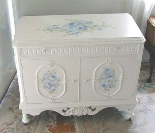 Синий цветочный на белом Деби Coules
