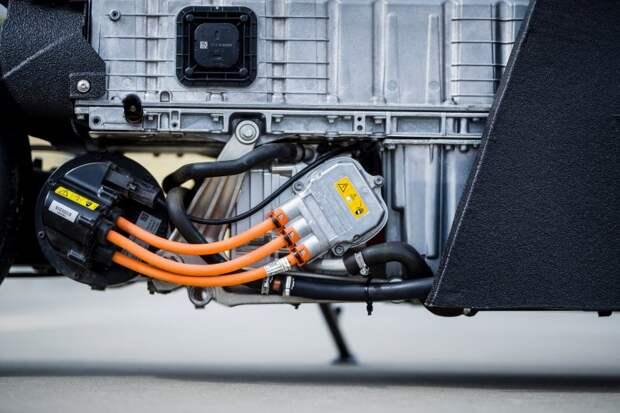 Krautmotors - электрический драгбайк BMW C Evolution ЭЛЕКТРОМОТОЦИКЛ, кастом-байк, кастомайзинг, мото, мотоцикл, скутер, электротранспорт