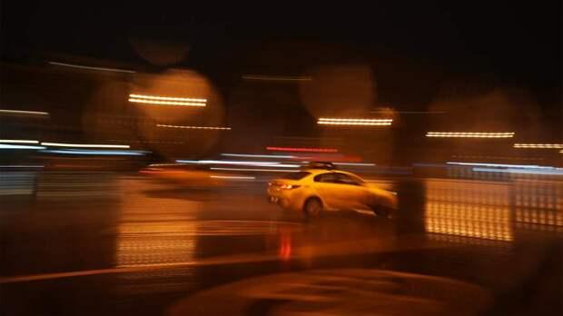 В Москве произошло ДТП с участием четырех такси