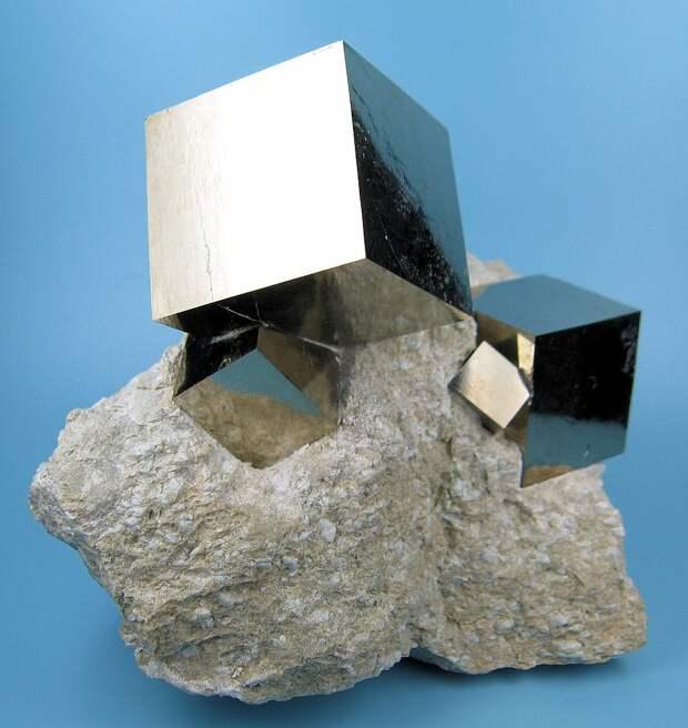 968px-2780M-pyrite1.jpg