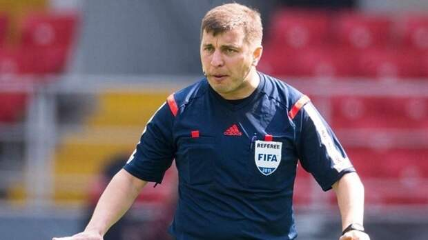 Михаил Вилков пожизненно отстранен от судейства матчей чемпионата России по футболу