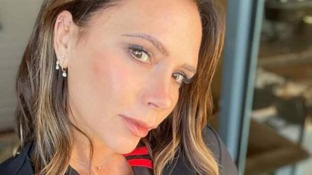 Виктория Бекхэм готовит секретный бьюти-запуск и интригует поклонников необычной кампанией