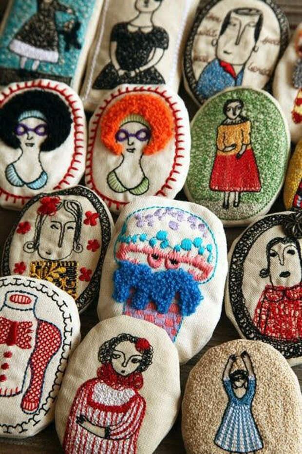 Дизайнеры удивляют: Текстильные украшения