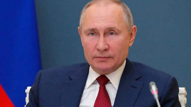 Путин подписал закон о дополнительных президентских сроках