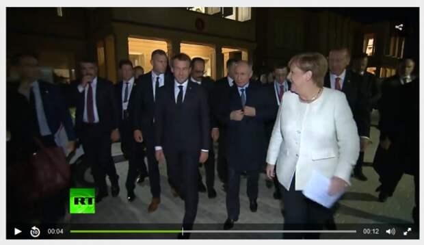 Путин носит «сибирское пальто»