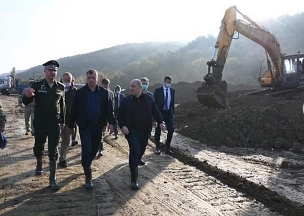 Хуснуллин установил в Севастополе жесткий контроль над Минобороны
