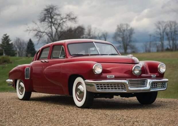 """Самая редкая машина в мире""""Tucker '48""""."""