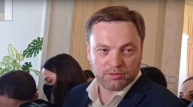 Тень Авакова или Зеленского? Кто возглавит МВД Украины и боевиков «Азова»