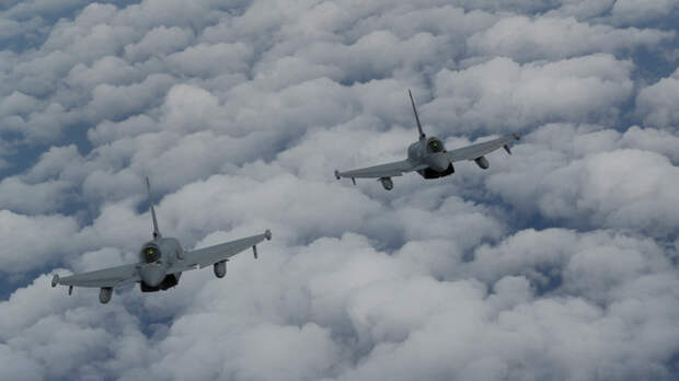 Британские ВВС отработают атаку на российские спутники