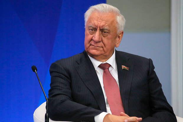 Шесть кандидатур на замену многовекторному Лукашенко
