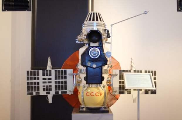 На какие планеты СССР посылал свои космические аппараты