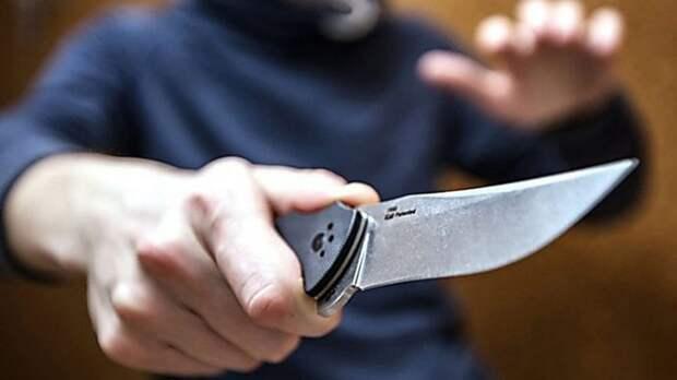 Нижегородец ударил жену ножом по «указанию голосов в голове»