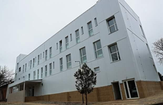 Аксёнов анонсировал окончание реконструкции училища олимпийского резерва в Краснолесье